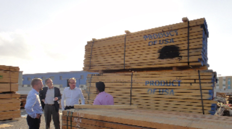 AHEC visits UAE timber experts