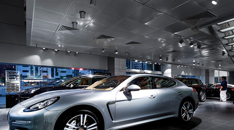 Light as a design element: Porsche Showroom Abu Dhabi