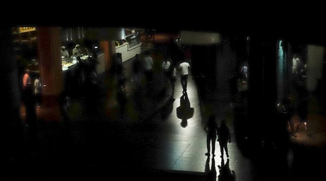 High-voltage cables caused Dubai Mall power cut
