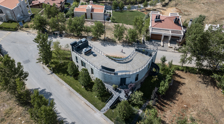 L.E.FT Architects completes project in Lebanon's mountainous resort town of Faqra