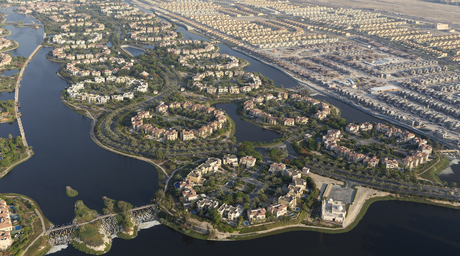 Water bodies and canals: shaping the organic shifting of Dubai