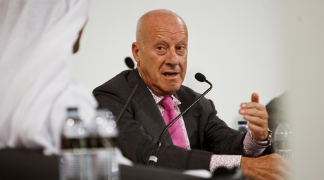 Norman Foster suspends role in $500bn Saudi project