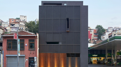 Emre Arolat Architecture converts abandoned building into gallery space in Istanbul