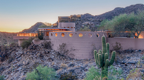 Frank Lloyd Wright's last residential home to go up for auction