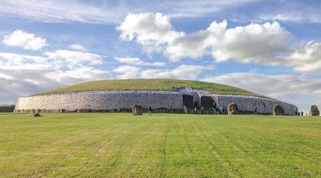 Stone Age Newgrange monument to surround Ireland's pavilion at Expo 2020