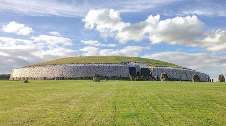 Stone Age Newgrange monument to surround Ireland's pavilion at Expo 2020