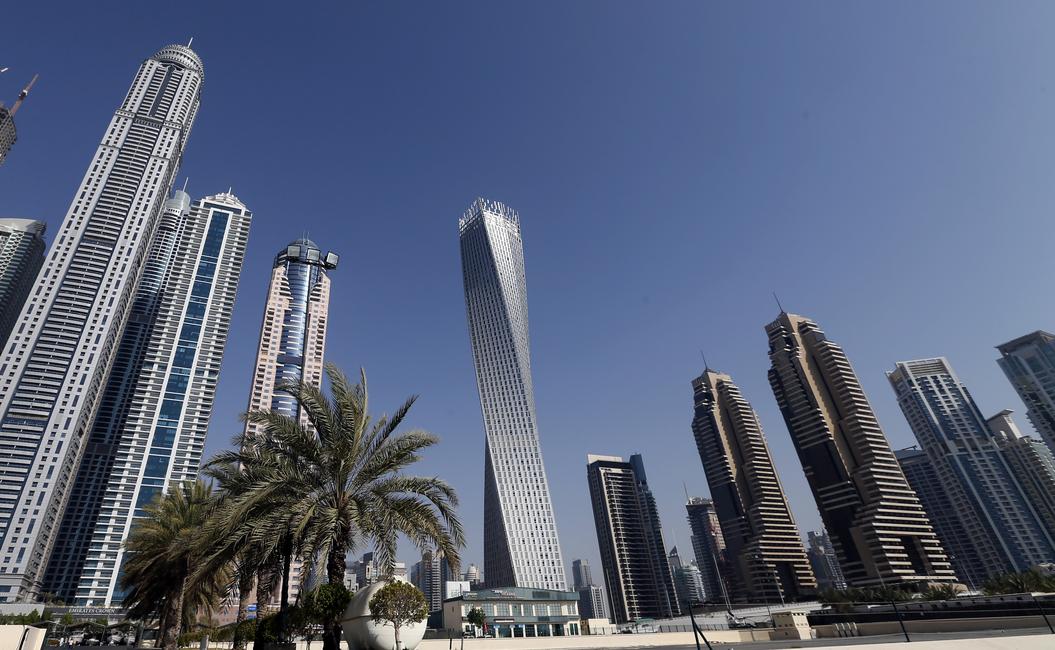 Architecture, Constructiona, Mirrored coating, Nanotechnology, Photonic radiative cooling, Technology, UAE