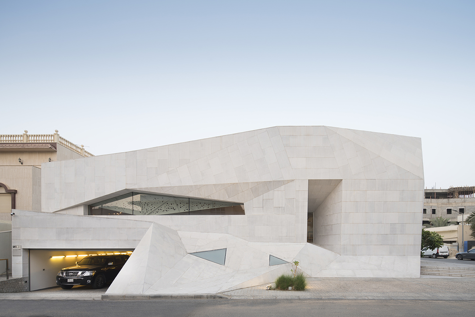 All photography by Nelson Garrido. Images courtesy of AGi Architects.